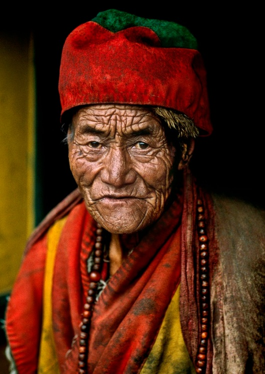 Steve Mccurry photography Tibet Monk
