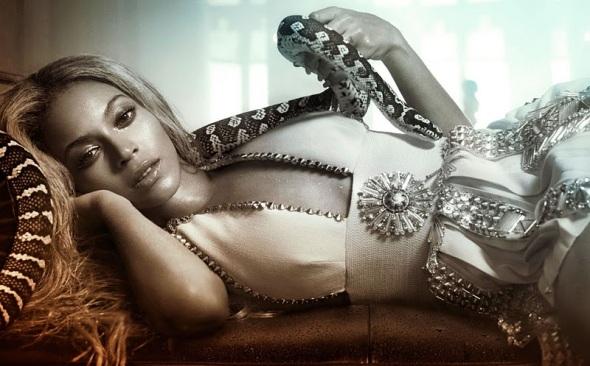 beyonce-pose-snake-